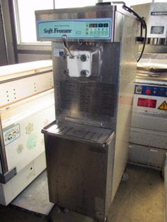 三菱重工空調システム ソフトクリームフリーザー SFN8WP1
