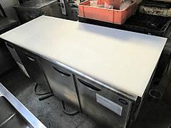 三洋電機 3枚扉コールドテーブル冷蔵庫 SUR-F1871SA