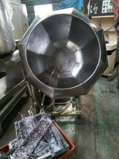 攪拌機(ドラム式味付機 艶出機)