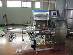 川島製作所 逆ピロ包装機 KBF-750