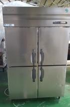 ホシザキ電機㈱ 4枚扉冷凍庫 HF-120F3